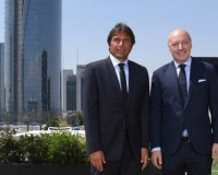 Antonio Conte si presenta all'Inter